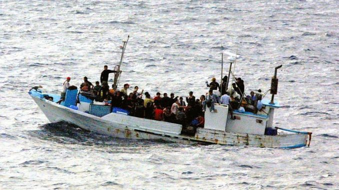 Pakolaisten vene