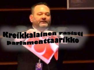 Kreikkalainen rasisti parlamenttaarikko