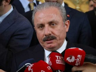 Turkin parlamentin puhemies Mustafa Şentop